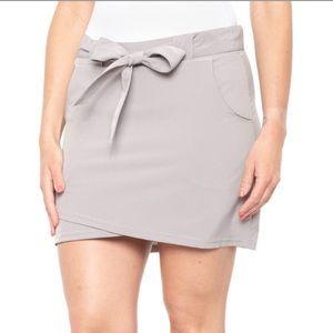 New Kyodan Women's Woven tie waist Skort oyster